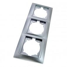 Рамка 3-х постовая горизонтальная серебр. металлик